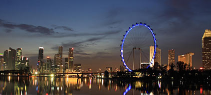 Singapur mit Singapore Flyer: Gute Angebote beim Stopover im Stadtstaat (Foto: Great Wheel Corporation)