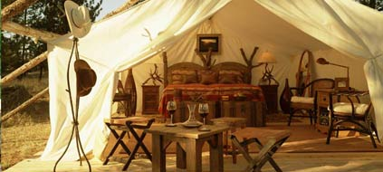 Luxus-Camping: Wildnis mit allen Annehmlichkeiten. (Foto: The Resort at Paws Up)