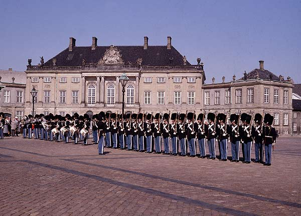 Schloss Amalienborg (Foto: Danish Tourist Board)