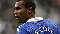 Drastische Strafe: Chelseas Ashley Cole. (Foto: imago)