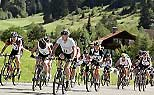 Mountainbiking auf der Viano Outdoor Challenge (Foto: Mercedes-Benz)