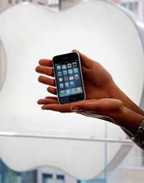 Begehrtes Kulthandy: Das iPhone 3GS. (Foto: reuters)
