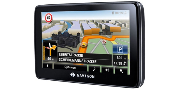 Navigon 7310: Navigationssystem im Test. Navigon 7310: Navi mit Real View und Spurassistent (Foto: Navigon)