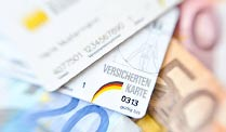 Krankenkassen in Not: Die Bundesregierung will den Beitragssatz um 0,6 Prozent anheben (Foto: imago)
