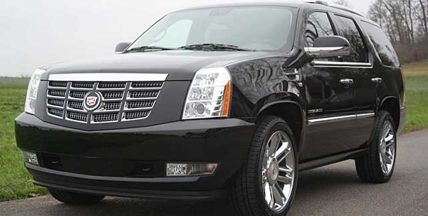 cadillac escalade sondermodell des riesen suv. Black Bedroom Furniture Sets. Home Design Ideas