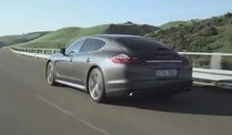 Panamera Turbo S mit 550 PS. (Screenshot: United Pictures)