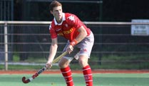 Hockey: Club an der Alster ist deutscher Hockey-Meister . Hamburgs Scott Tupper in Aktion. (Foto: imago)