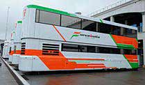 Nürburgring: Polizei beim Team Force India. Das Motorhome von Force India. (Foto: imago) (Quelle: imago)