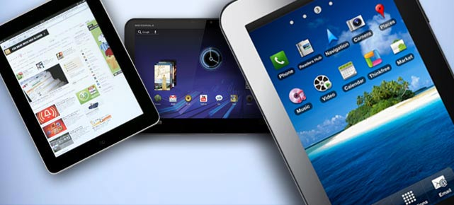 Tablet-PC Apple iPad und Motorola Xoom (Montage: t-online.de)
