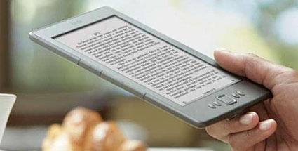 Amazon Kindle eReader WiFi 6 Zoll im Test. Kindle eReader WiFi 6 Zoll im Test. (Quelle: Amazon)
