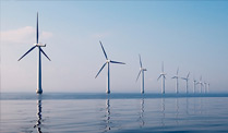Windkraft: Offshore-Windenergie droht Kostenkollaps. Engpässe bei der Anbindung neuer Windparks auf See (Quelle: Thinkstock by Getty-Images)