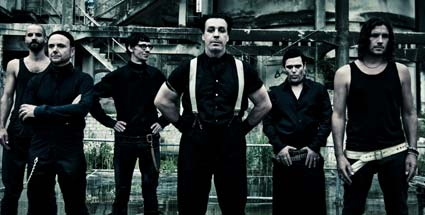 rammstein made in germany 1995 2011 die deutschen kiss. Black Bedroom Furniture Sets. Home Design Ideas