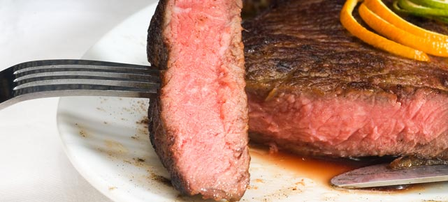 Gut gebraten ist auch ein Hftsteak ein Gaumenschmaus.  (Quelle: Thinkstock by Getty-Images)