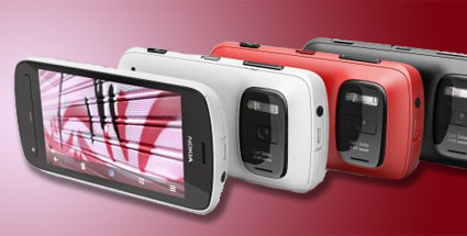 Mobile World Congress 2012: Messe zeigt die neusten Smartphones und Tablets. Nokia 808 (Quelle: t-online.de)
