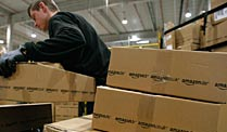 Warenversand bei Amazon in Leipzig (Quelle: Reuters)