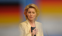 Plne fr Zuschussrente: Ministerin Ursula von der Leyen (CDU) (Quelle: dapd)