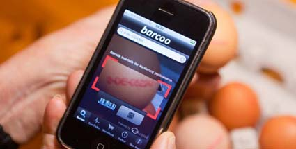 Die App &quot;Barcoo&quot; hilft, Dioxin in Eiern nachzuweisen (Quelle: imago)