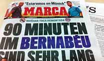 Die &quot;Marca&quot; hat sich etwas ganz besonderes einfallen lassen, um die Bayern einzuschchtern. (Quelle: dpa)