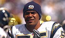 Football-Spieler Junior Seau im Dress der San Diego Chargers. (Quelle: imago)