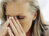 Depressive Verstimmung: Beschwerden in den Wechseljahren  (Quelle: Thinkstock by Getty-Images)