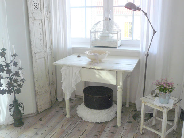 kinderzimmer shabby chic shabby chic im kinderzimmer shabby chic im kleinen kinderzimmer f r m. Black Bedroom Furniture Sets. Home Design Ideas