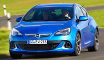Opel Astra OPC (Screenshot: Car-News.TV)