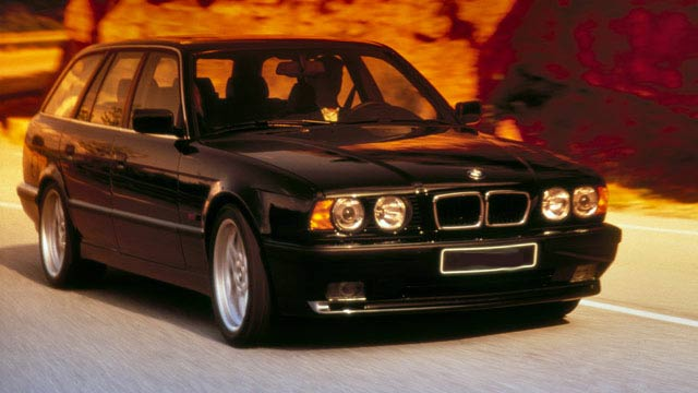 bmw m5 e34 touring preiswerter rennwagen im stra enanzug. Black Bedroom Furniture Sets. Home Design Ideas