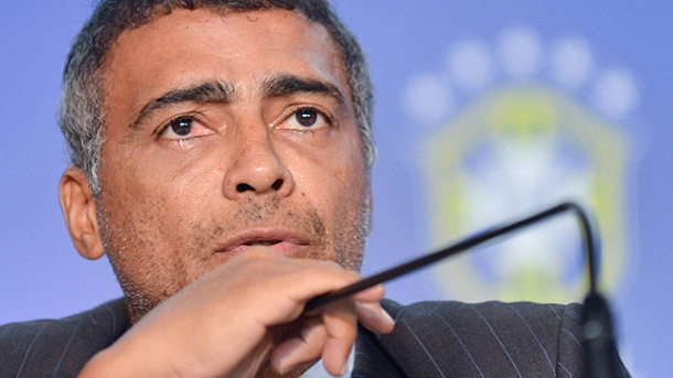 Romario attackiert Nationaltrainer. Ex-Weltmeister Romario übte harte Kritik am brasilianischen Nationaltrainer Menezes. (Quelle: imago)