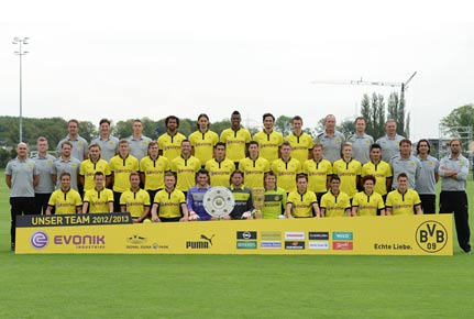 Mannschaftsfoto des BVB in der Saison 2012/2013. (Quelle: imago)