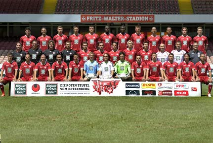 Mannschaftsfoto des 1. FC Kaiserslautern aus der Saison 2012/2013. (Quelle: imago)