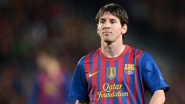 "FC Barcelona: Knatsch der Superstars. Barcelonas Superstar Lionel Messi: ""Spiel mir den Ball sofort zu!"" (Quelle: imago)"