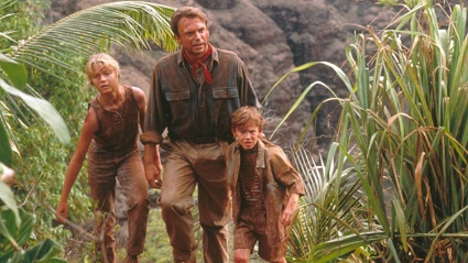 Ariana Richards, Sam Neill und Joseph Mazzello in &quot;Jurassic Park&quot; (Quelle: imago)