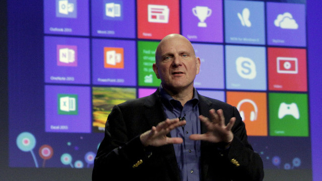 Microsoft-Chef Steve Ballmer ver&ouml;ffentlicht neues Betriebssystem Windows 8. (Foto: AP)