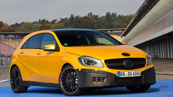 Mercedes A 45 AMG: So fährt sich die Top-Version. Mercedes A 45 AMG (Quelle: Press-Inform)