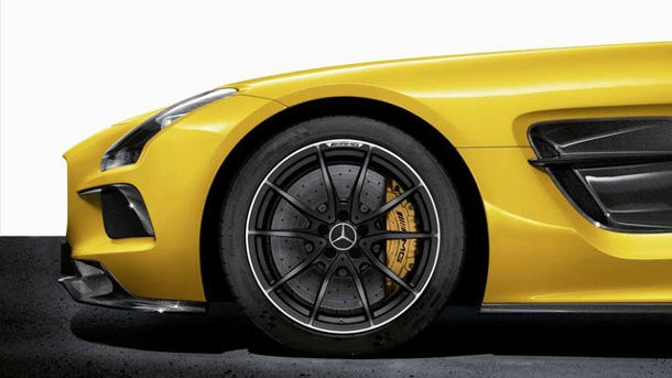 Mercedes SLS AMG Black Series: Hammer mit Stern. Mercedes SLS AMG Black Series (Quelle: Press Inform)