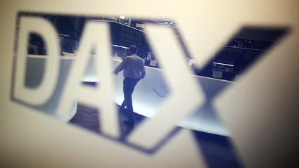 DAX-Logo an der Brse in Frankfurt am Main (Quelle: dpa)