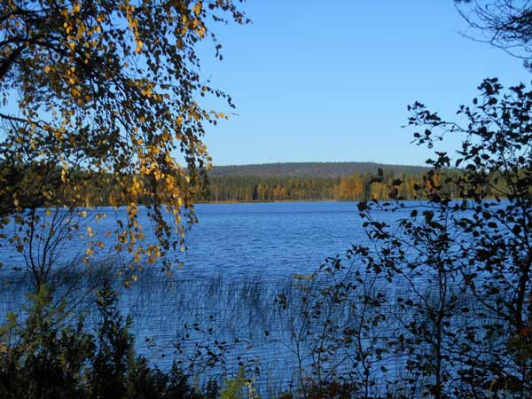 "Finnland: ""Land der 1000 Seen"". (Quelle: trax.de)"