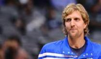 Dirk Nowitzki wird den Dallas Mavericks noch rund einen Monat lang fehlen.