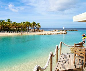 Curaçao. Im Westen von Curaçao locken paradiesische Buchten. (Quelle: Thinkstock by Getty-Images)