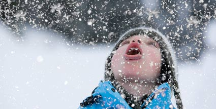 Freude über den Schnee. (Quelle: Thinkstock by Getty-Images)