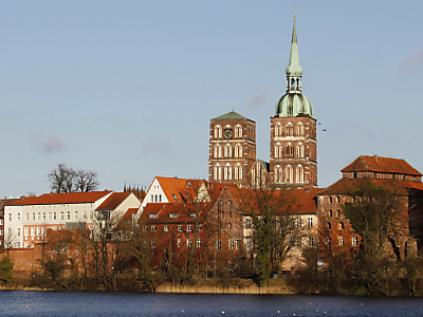Historisches Warmbad in Stralsund wird Wellness-Oase.