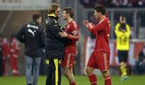 Jrgen Klopp (li.) mit den Bayern-Profis Thomas Mller (Mi.) und Mario Gomez. (Foto: imago/MLS)