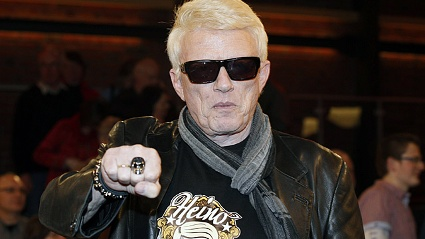 Heino strmt mit seinem Album die Verkaufscharts. (Quelle: imago\Future Image)