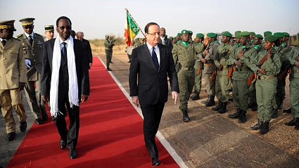 Der &quot;Retter&quot; Francois Hollande ist in der Stadt Timbuktu gelandet.  (Quelle: AFP)