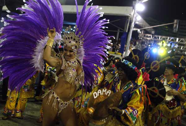 Karneval in Rio 2013 (Quelle: Reuters)