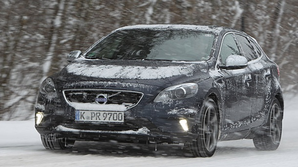 Volvo V40 Cross Country Autotest: Schwedischer Siegertyp. Volvo V40 Cross Country (Quelle: t-online.de)
