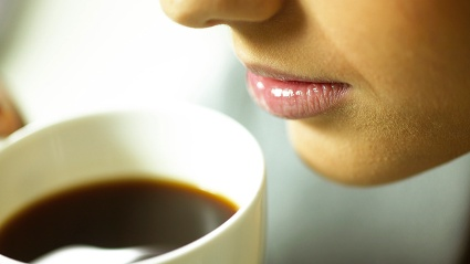 Auch Bluthochdruck-Patienten drfen Kaffee trinken. (Quelle: Thinkstock by Getty-Images)