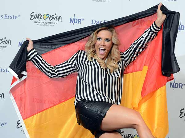 Nun ist es amtlich: Cascada mit ihrer Sngerin Natalie Horler wird Deutschland beim Eurovision Song Contest 2013 in Malm vertreten. (Quelle: dpa)