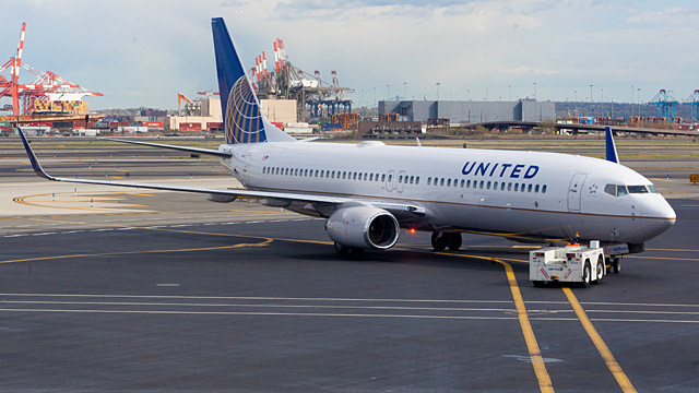 United Airlines verzgert Flug fr letzten Abschied