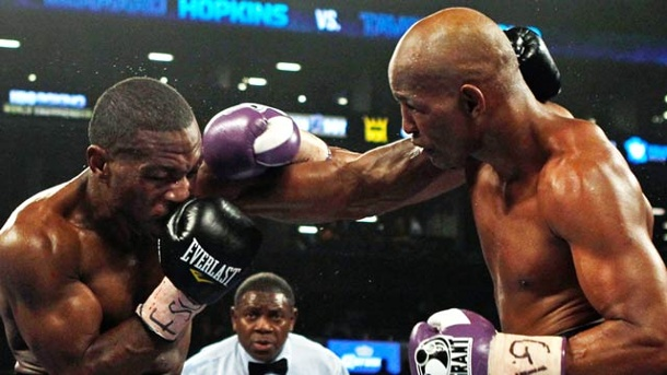Box-Opa Bernard Hopkins holt gegen Tavoris Cloud IBF-Gürtel. Bernard Hopkins (re.) bezwingt Tavoris Cloud nach Punkten. (Quelle: Reuters)